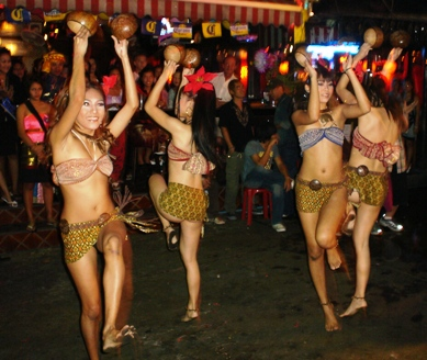 ANGELWITCH SHOWGIRLS IN NANA PLAZA - BANGKOK - THAILAND